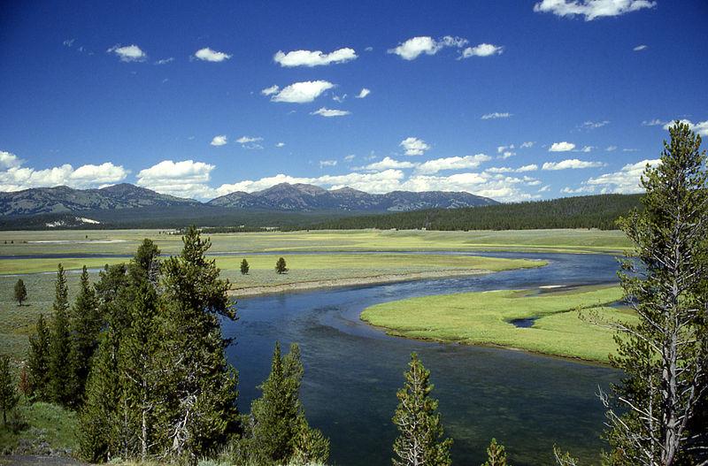 Second crude pipeline spill in Montana wreaks havoc on YellowstoneRiver