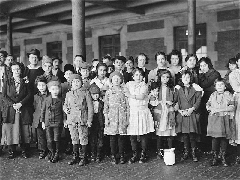 Immigrant children, Ellis Island, New York.
