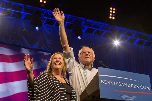 Senator Bernie Sanders and his wife, Jane O'Meara Sanders, at a rally in Los Angeles on Monday.Credit Monica Almeida/The New York Times